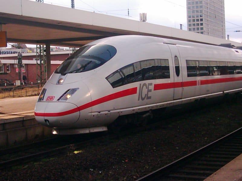 Zugfahrt mit Malteser