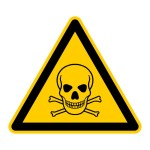 Chemikalien, Reinigungsmittel und giftige Pflanzen sollten sicher verwahrt oder besser noch entsorgt werden. Treppengitter schützen vor Absturzgefahr und auch Balkone sollten hundetauglich abgesichert werden.